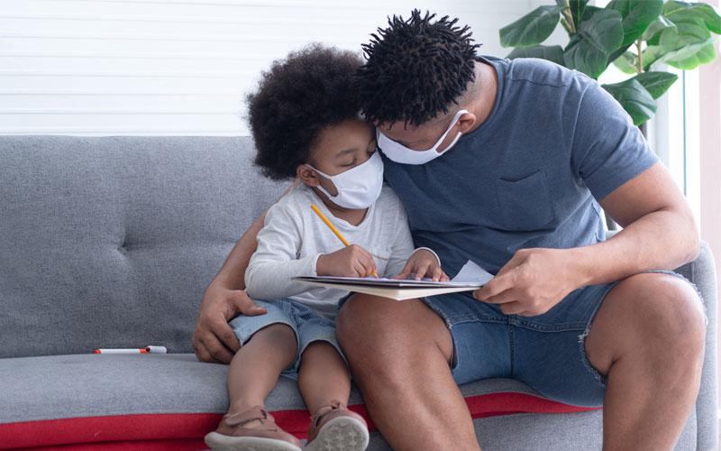 co-parenting-child-during-pandemic